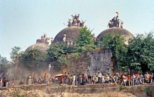 Babri Mosque - Demolishe by Hindu fanatics in 1992